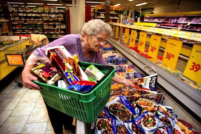 Genom att planera dina inköp kan du undvika impulsköp och spara pengar
