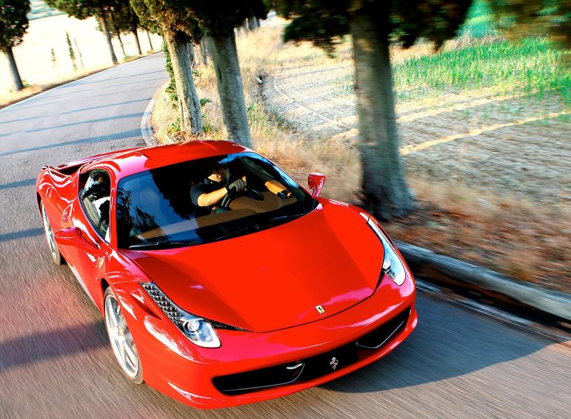 Ferrari eller Lamborghini? Din studentpresent är ett riktigt i-landsproblem!